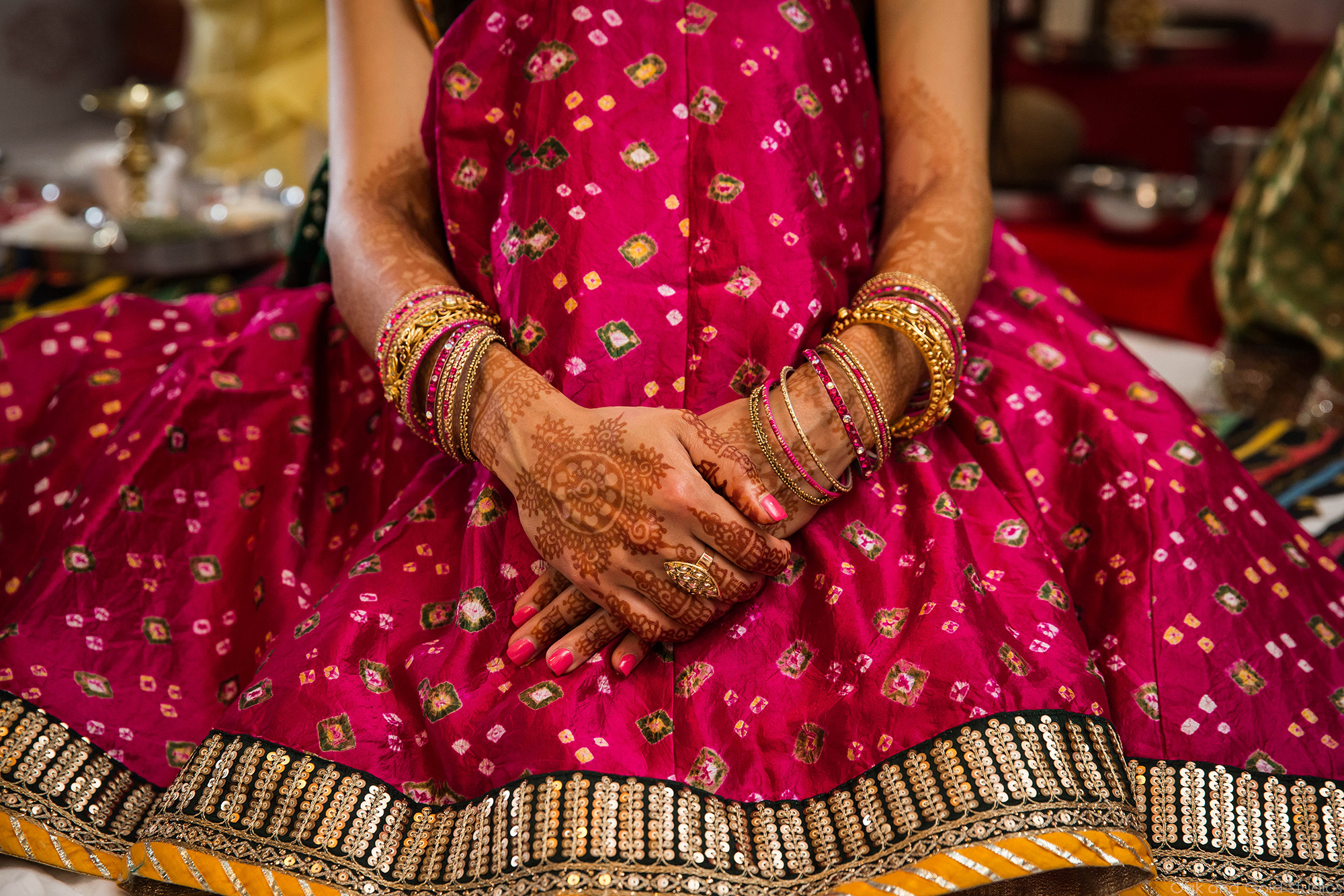 indian_brides_hands