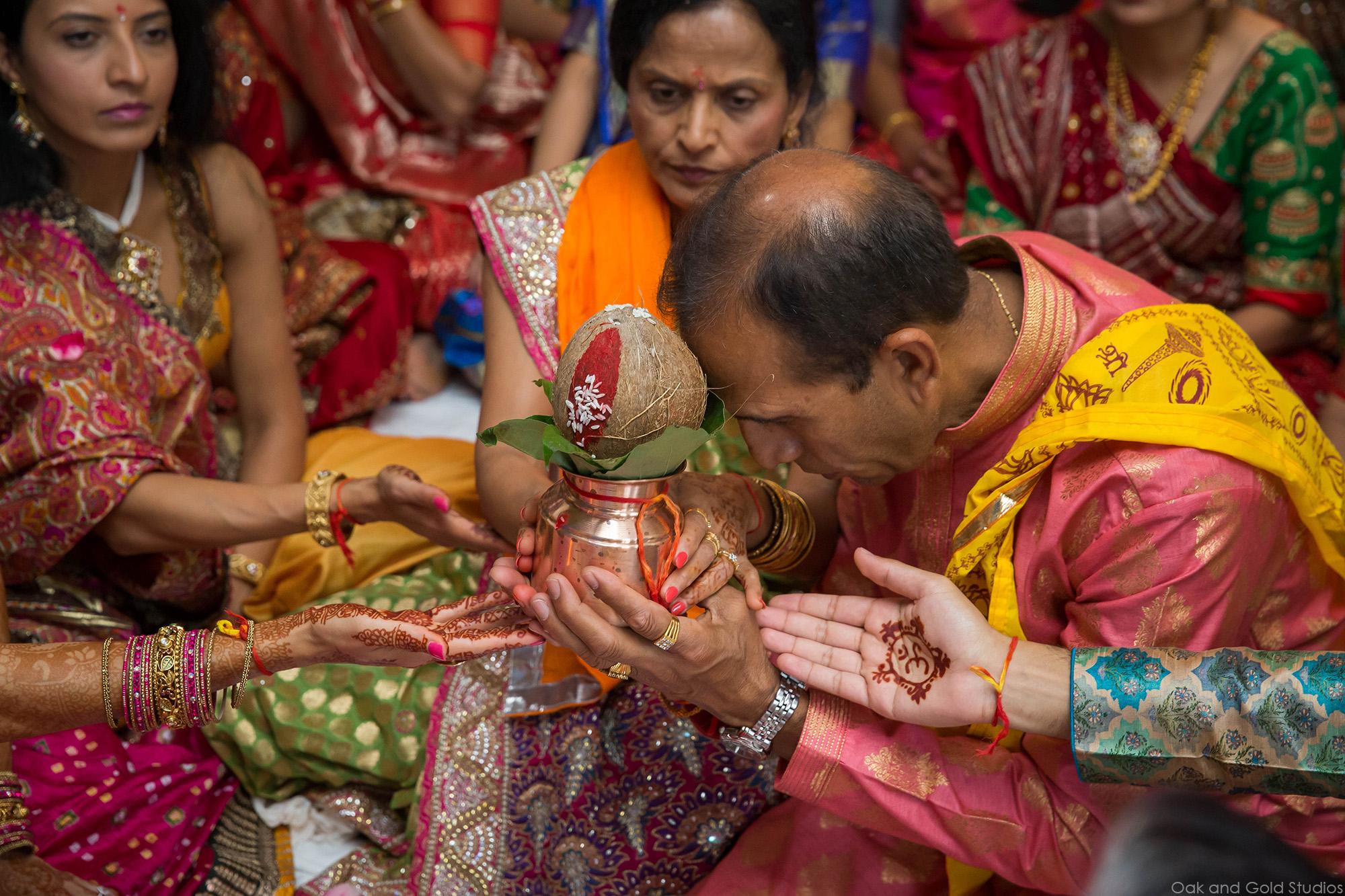 hindu_father_coconut