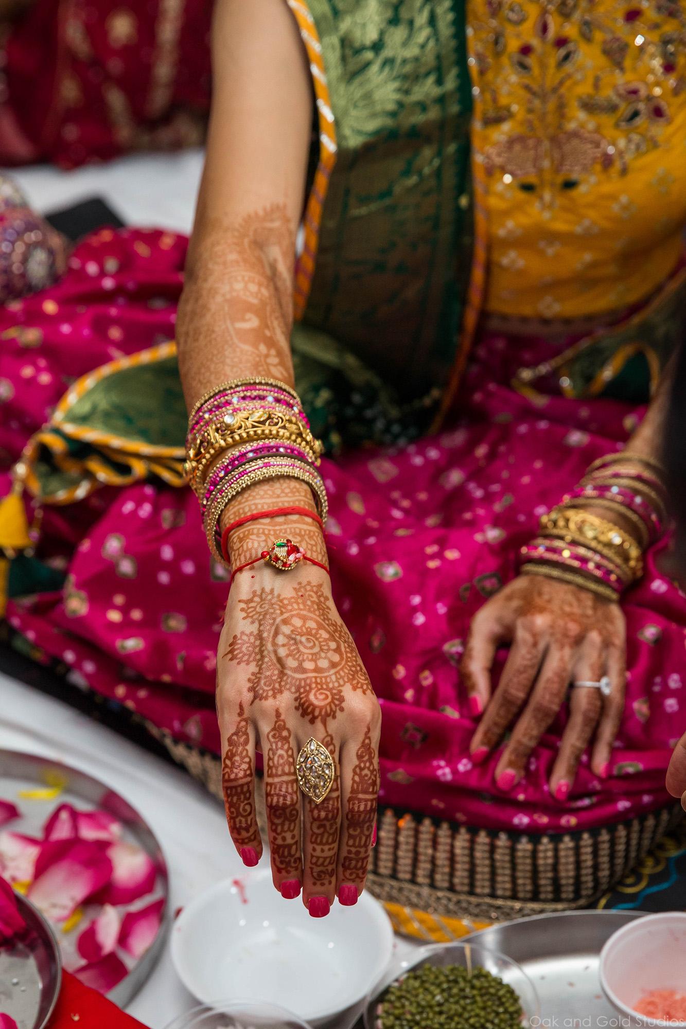 indian_bride_red_bracelet_rice