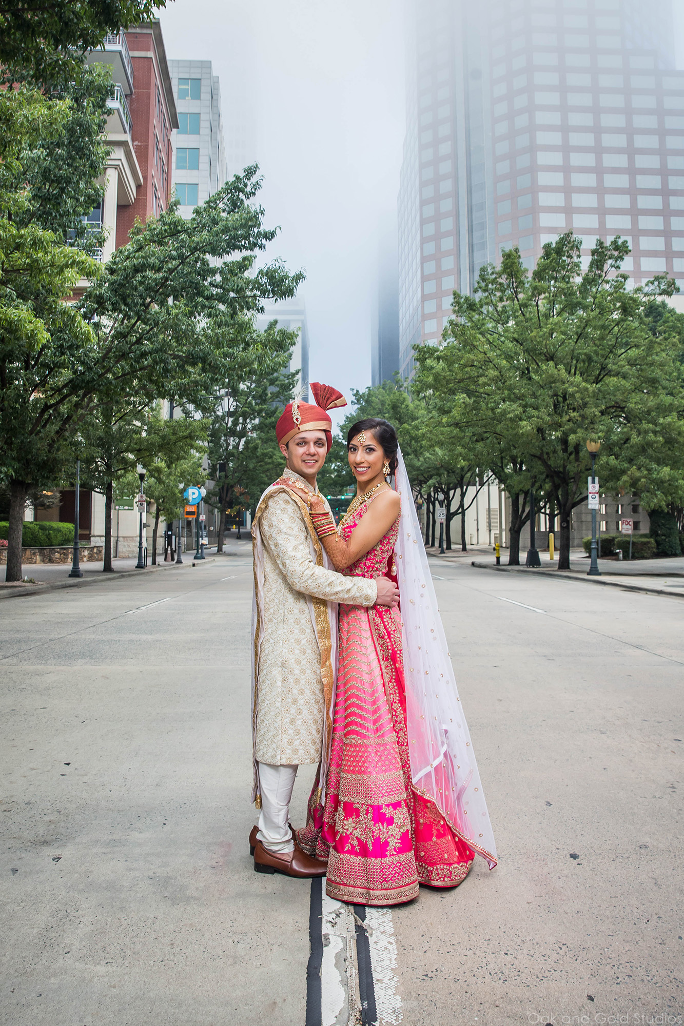 beautiful_downtown_charlotte_bride_groom