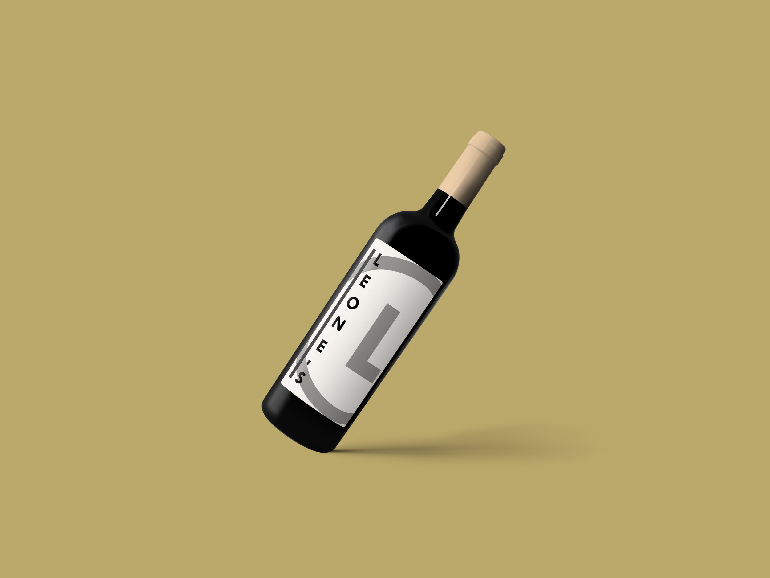 Wine Bottle Mockup Psd.jpg