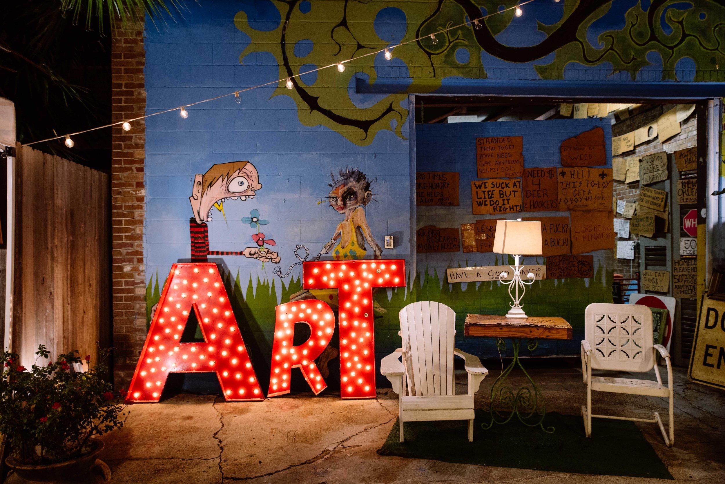 Marché d'arts  Frenchmen Street.