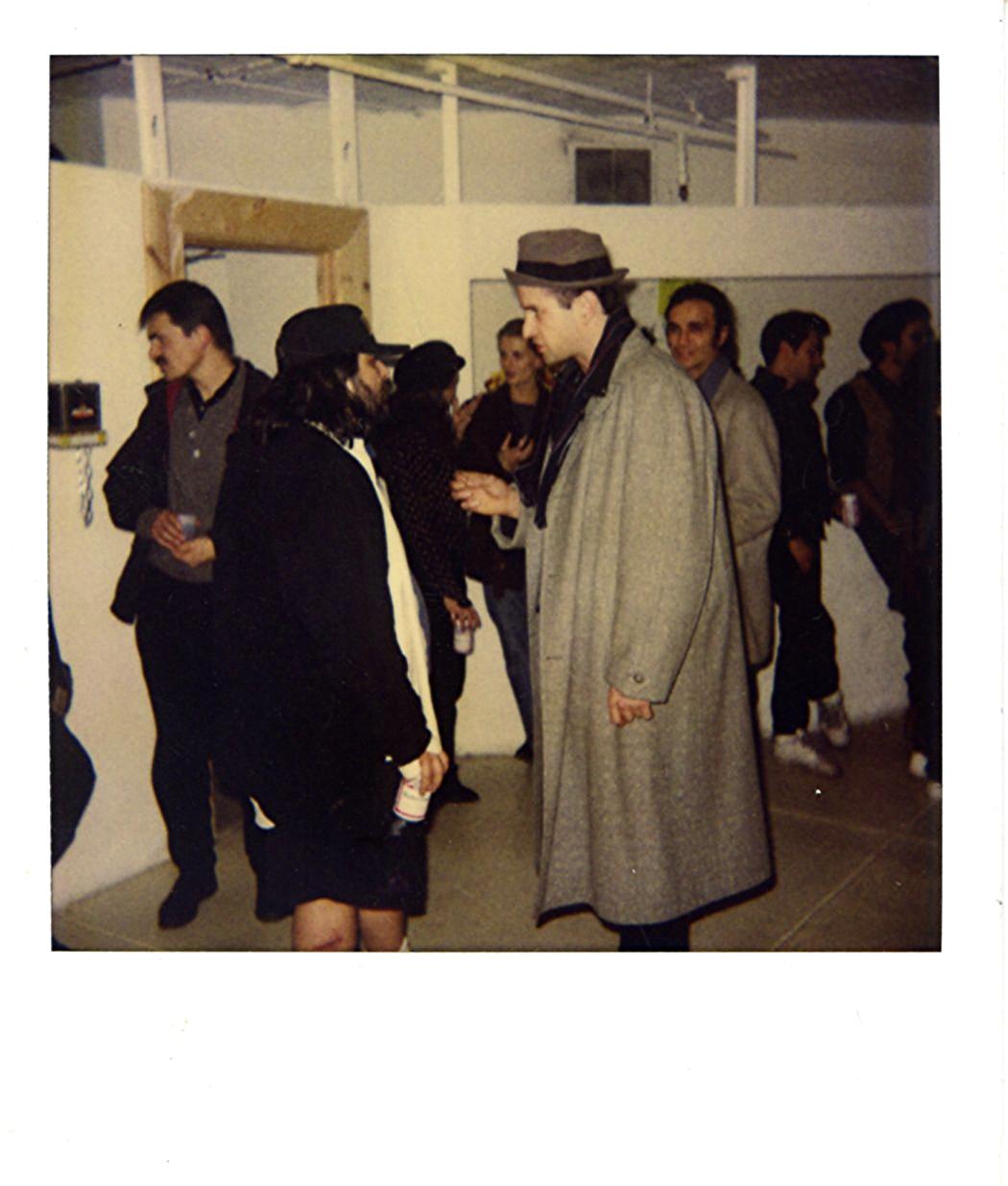 photo_hanging1993014.jpg
