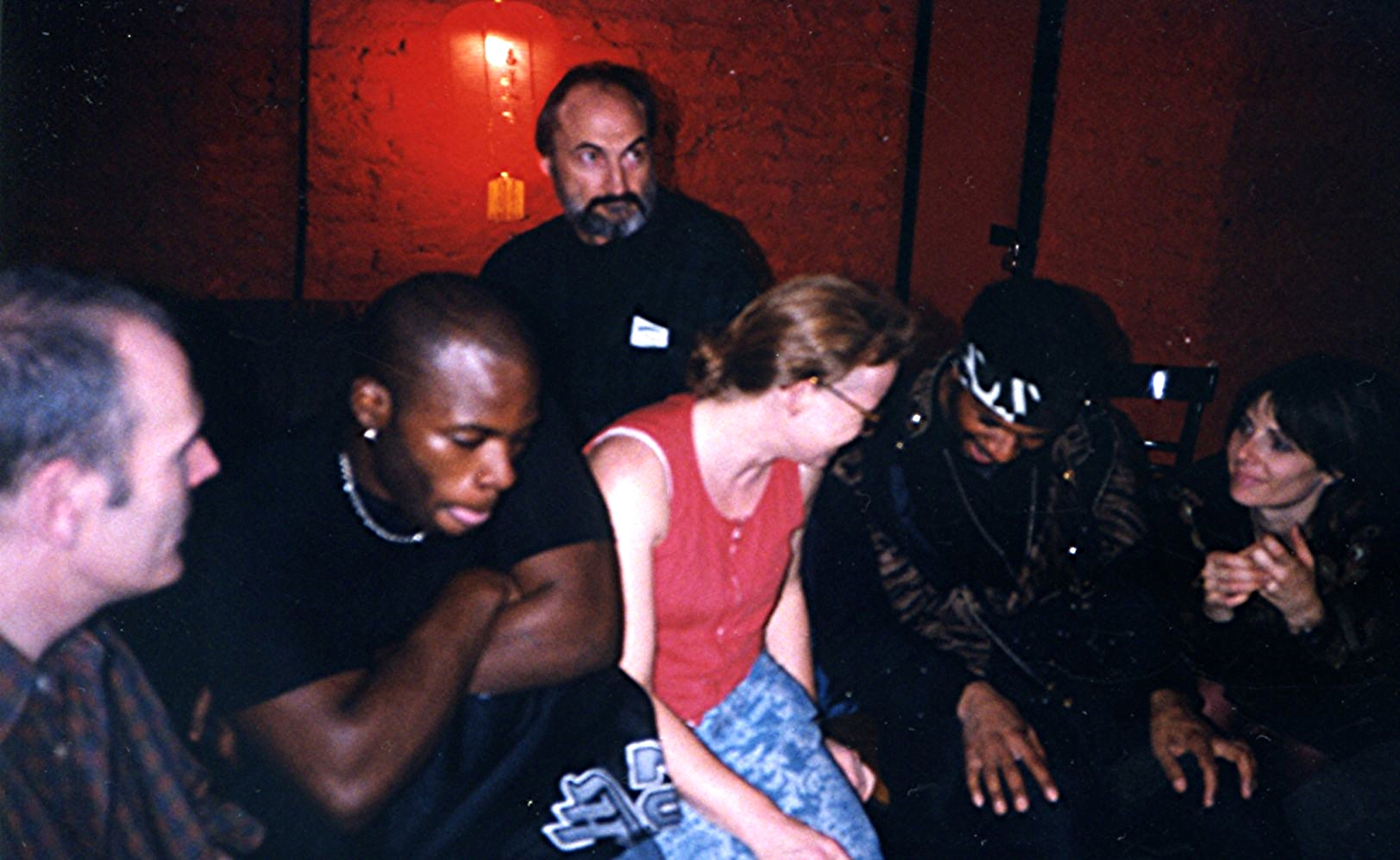 photo_hanging 1999007.jpg