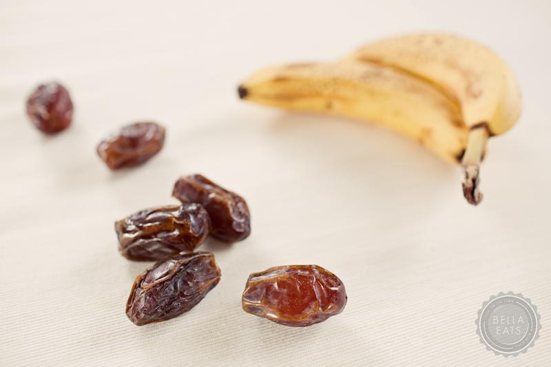 banana date bread-1.jpg