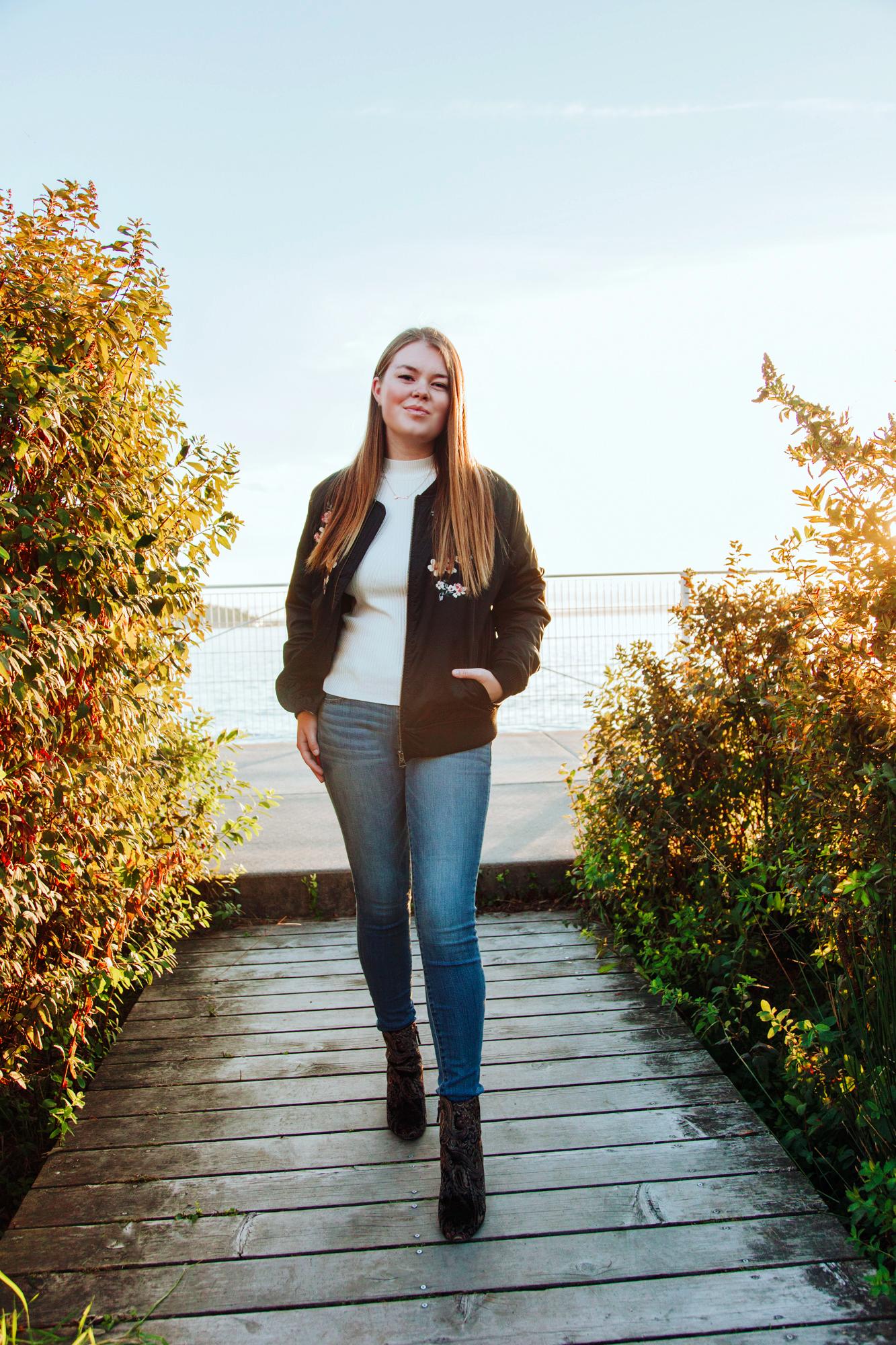 HaleyMcLain-LilySeniorPortraits-8.jpg