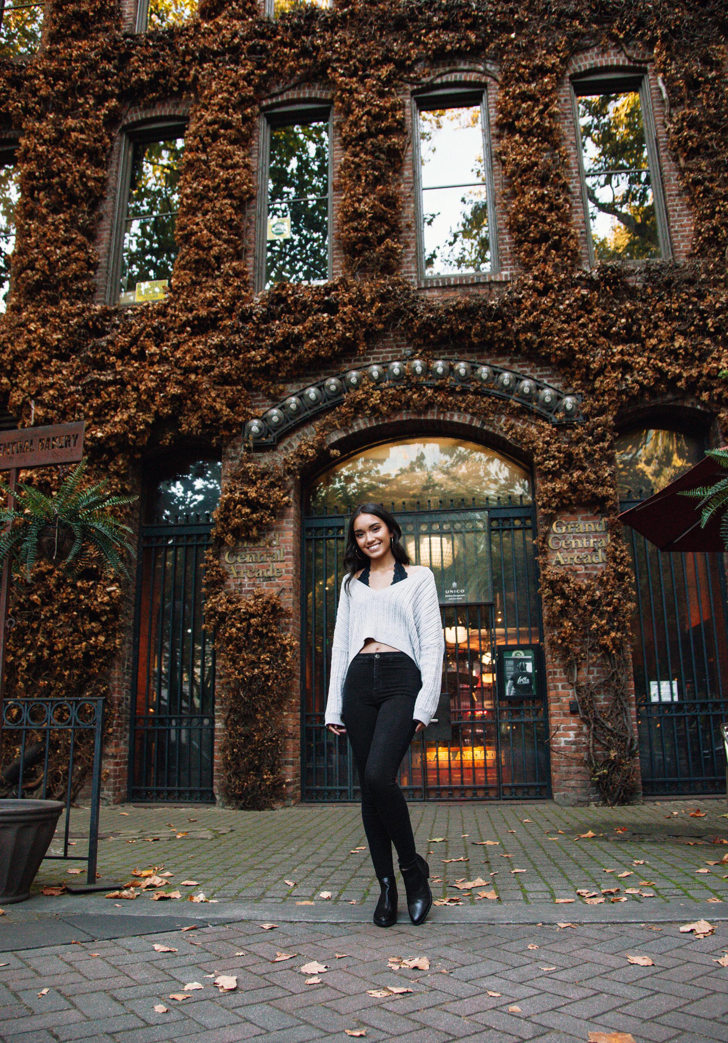 HaleyMcLainPhotography-RosaCarterSenior10.jpg