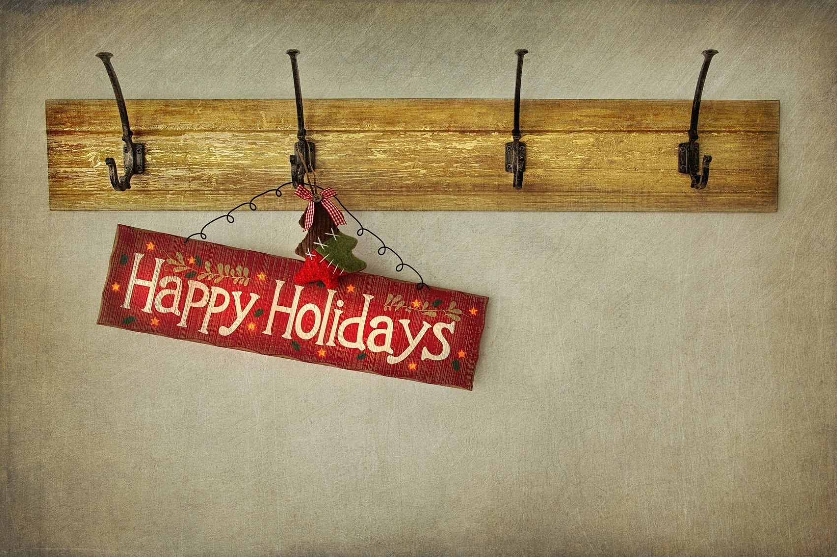I'll be hanging up my blogging gloves for a little while. I'll put them right next to the Happy Holidays sign.