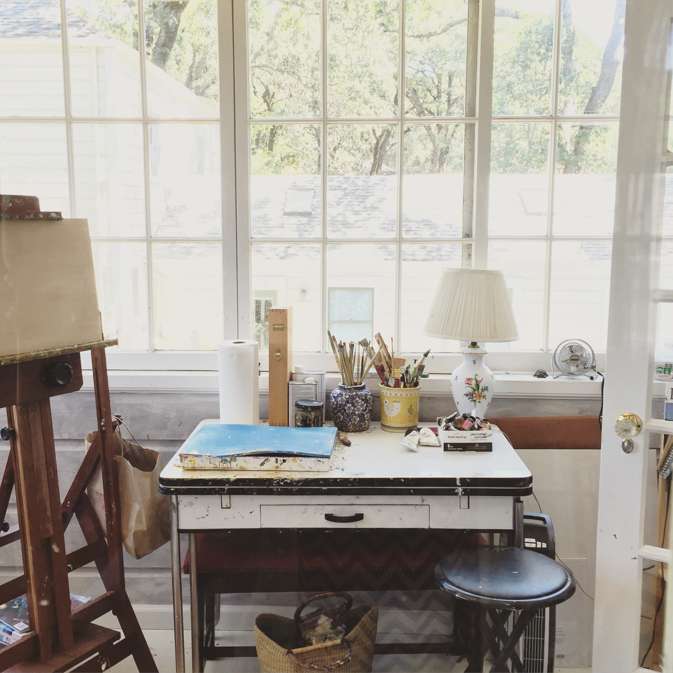 Abi's art studio where does she does her paintings.