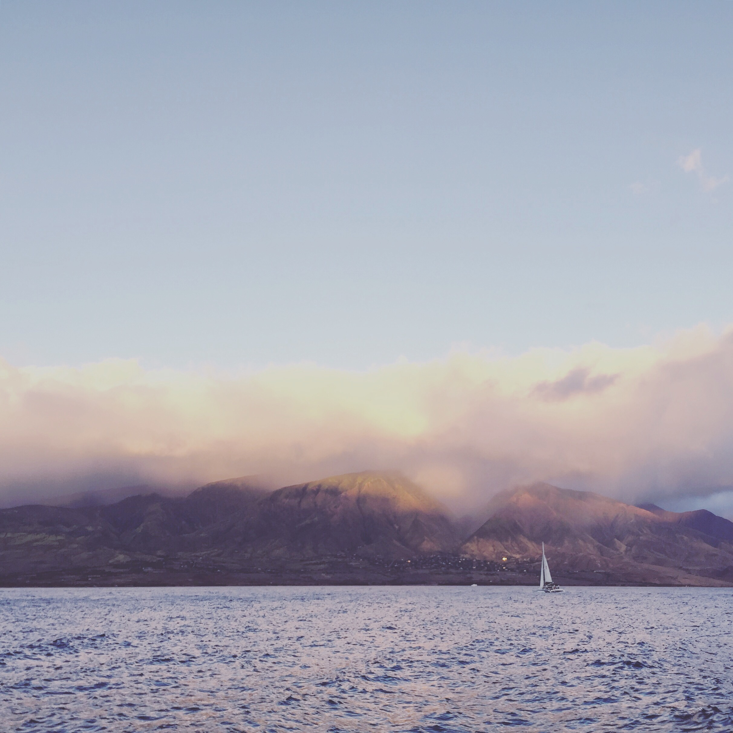 Sailing back towards Maui after a day out snorkeling