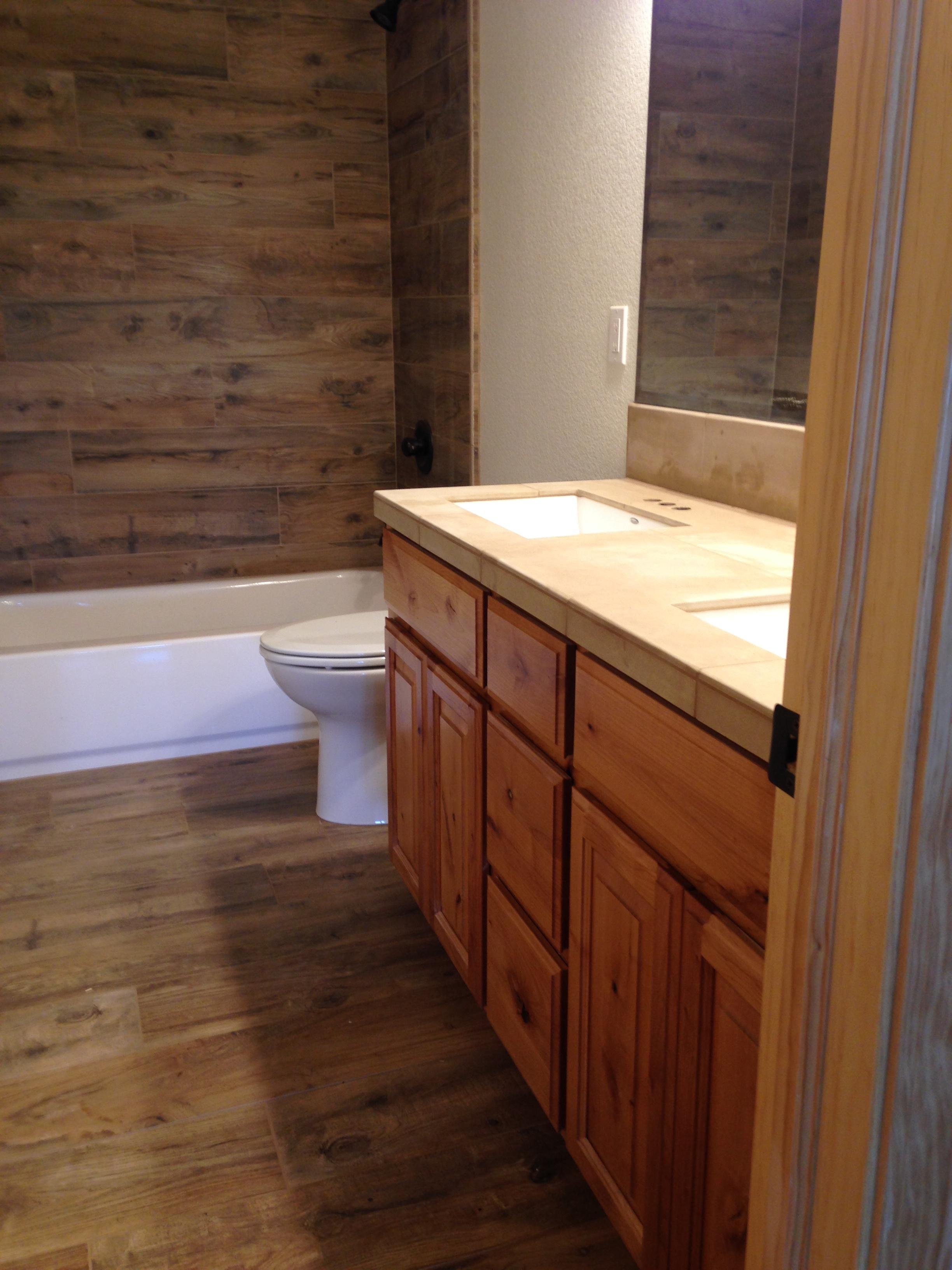 Dubin - Finished Kids Bathroom.JPG
