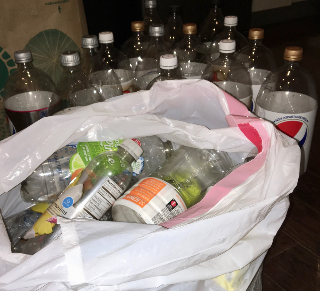 Kuhn-Bag-of-Bottles.jpg