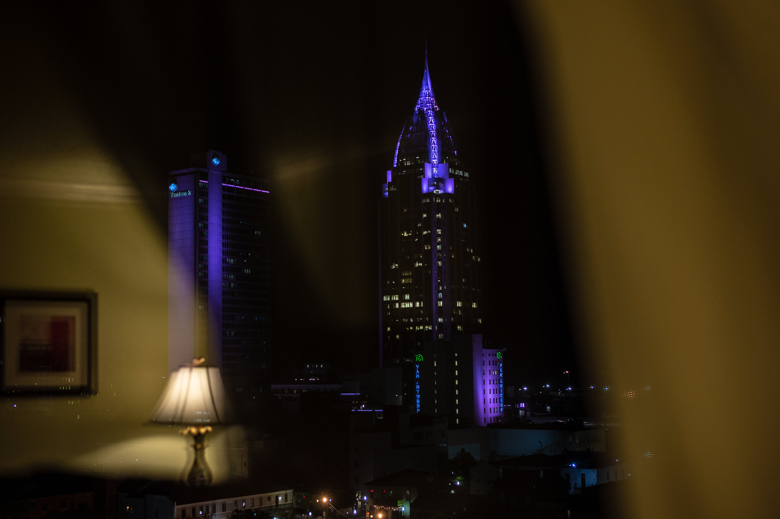 holiday inn mobile night reflection.jpg