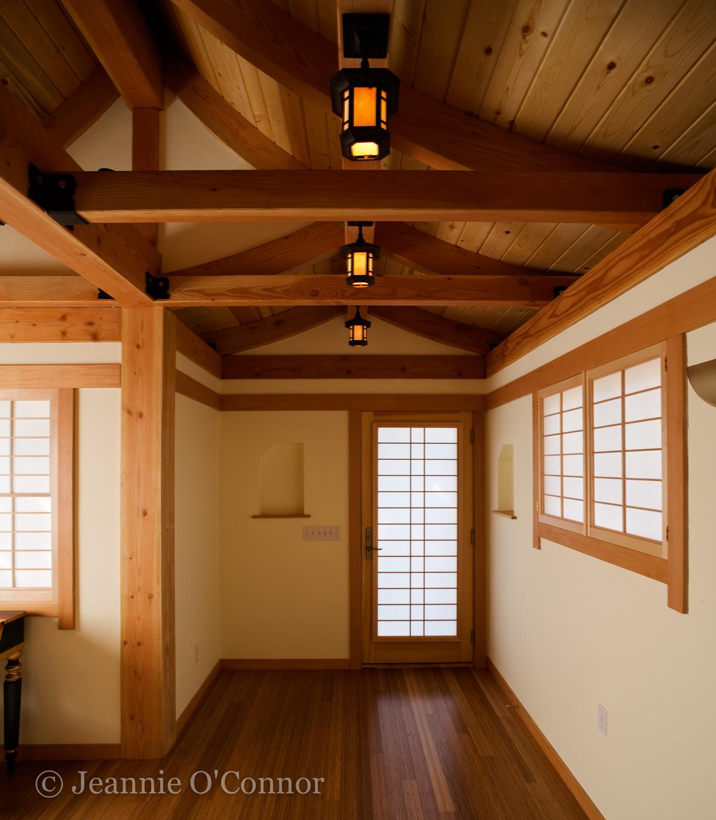 Doorway_and_woodwork.jpg