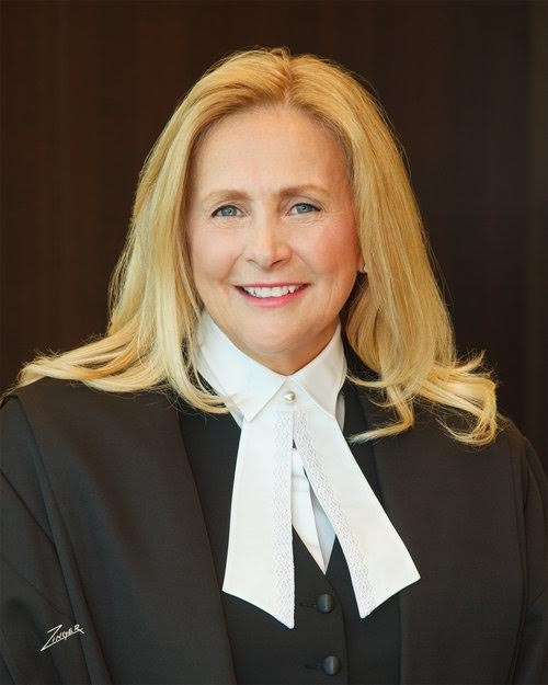 Image Source:http://pipellalaw.com/blogs/madam-justice-sheilah-martin-holds-court-at-famous-5-event/