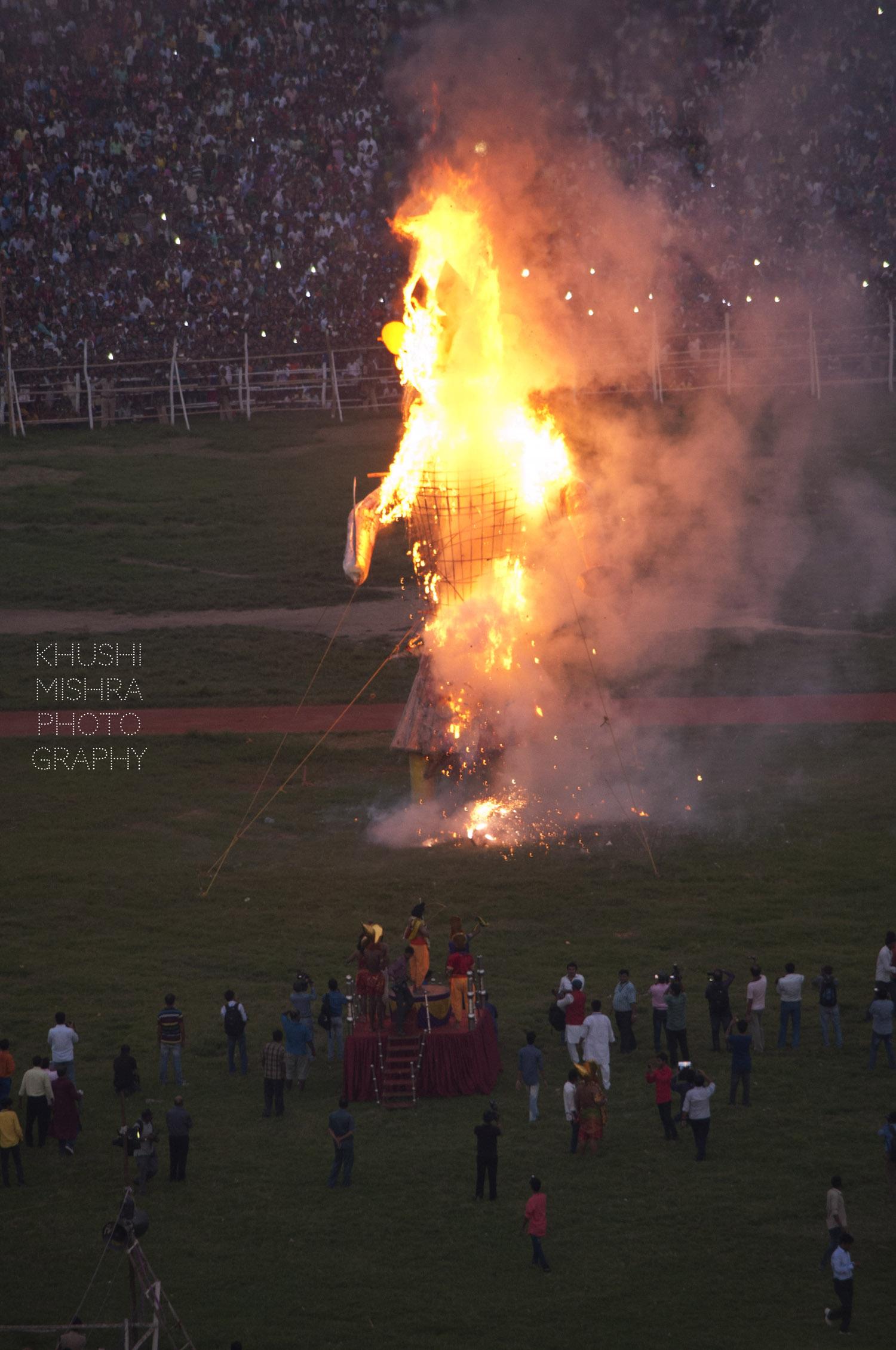 burning raavan.jpg