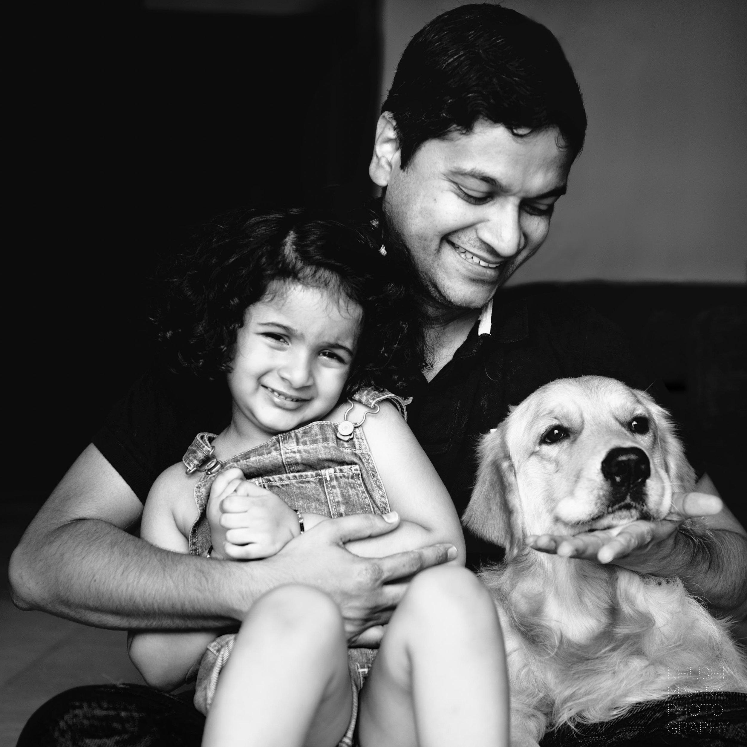 13_Newborn Session_Family Portrait_Golden Retriever.jpg