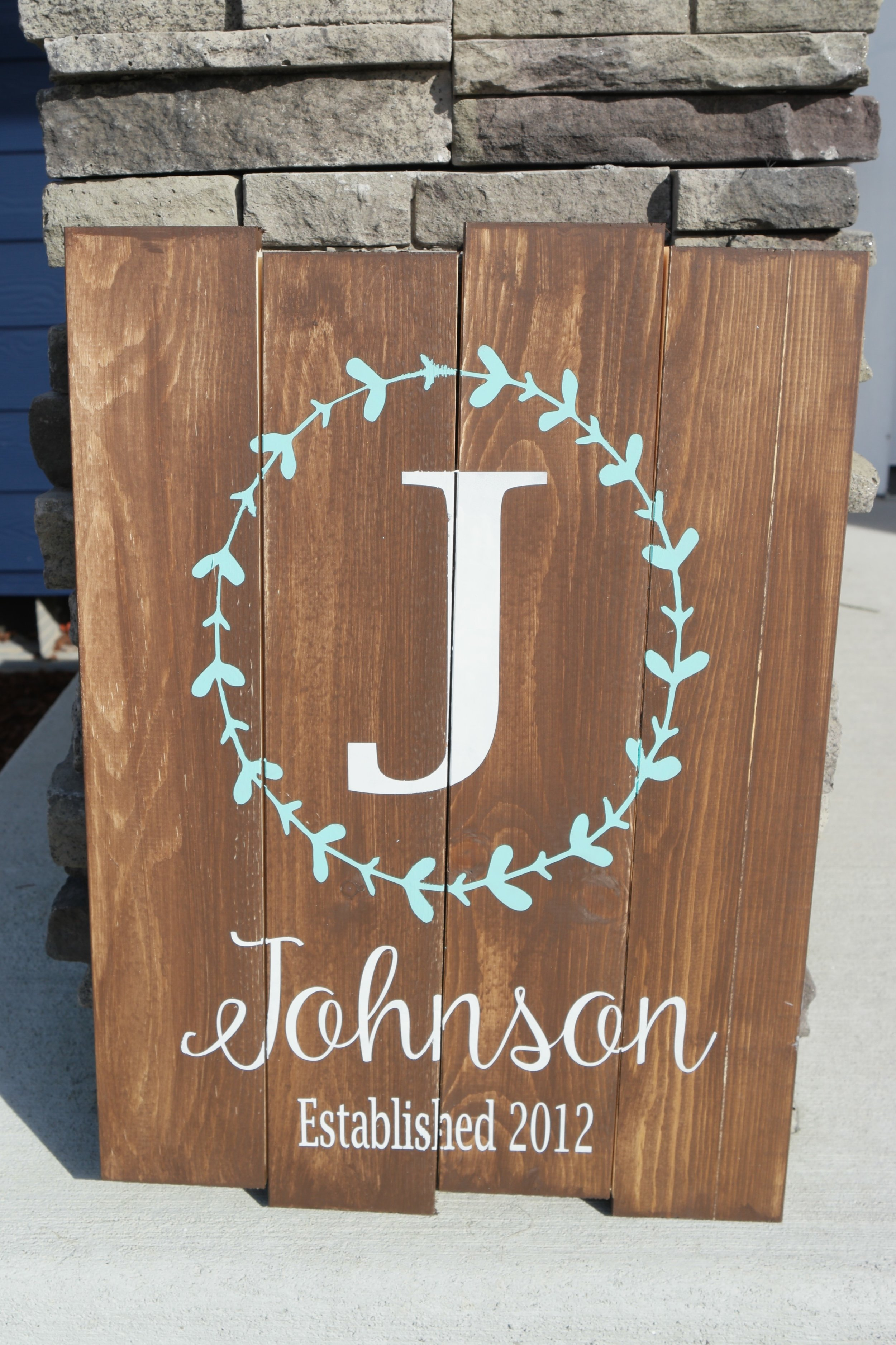 Personalized Sign with Wreath