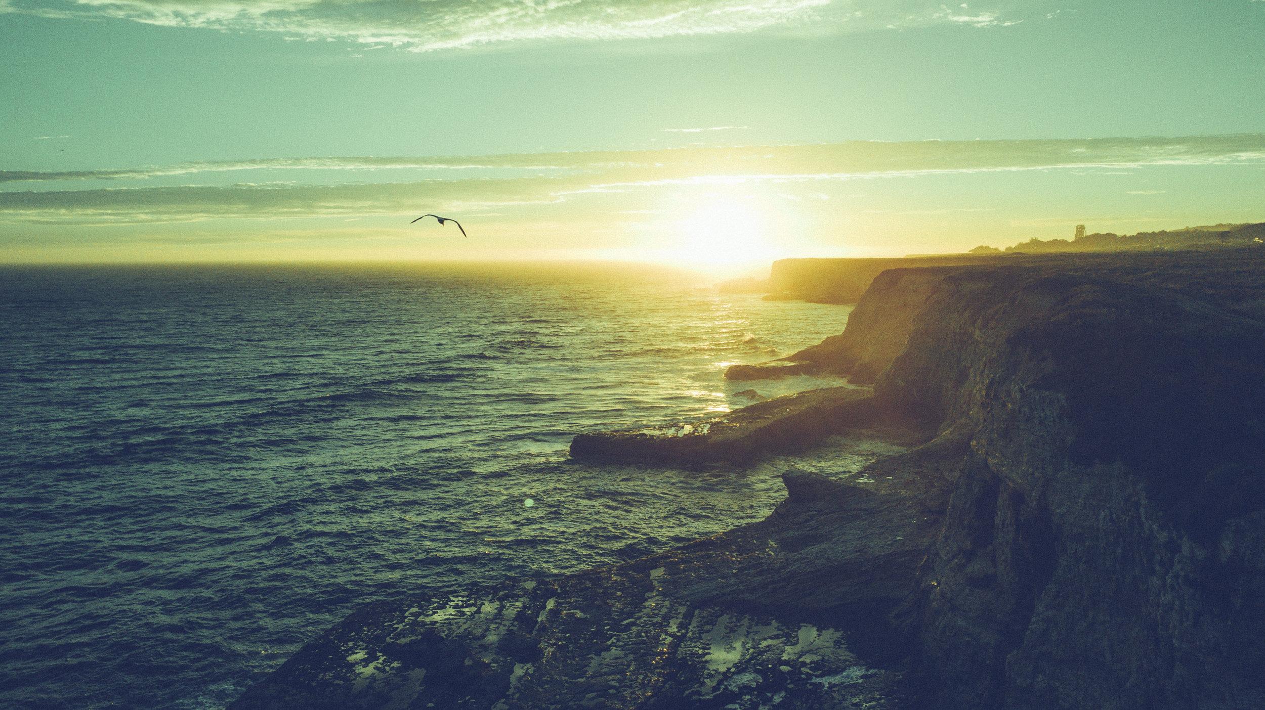 CliffsSantaCruz.jpg