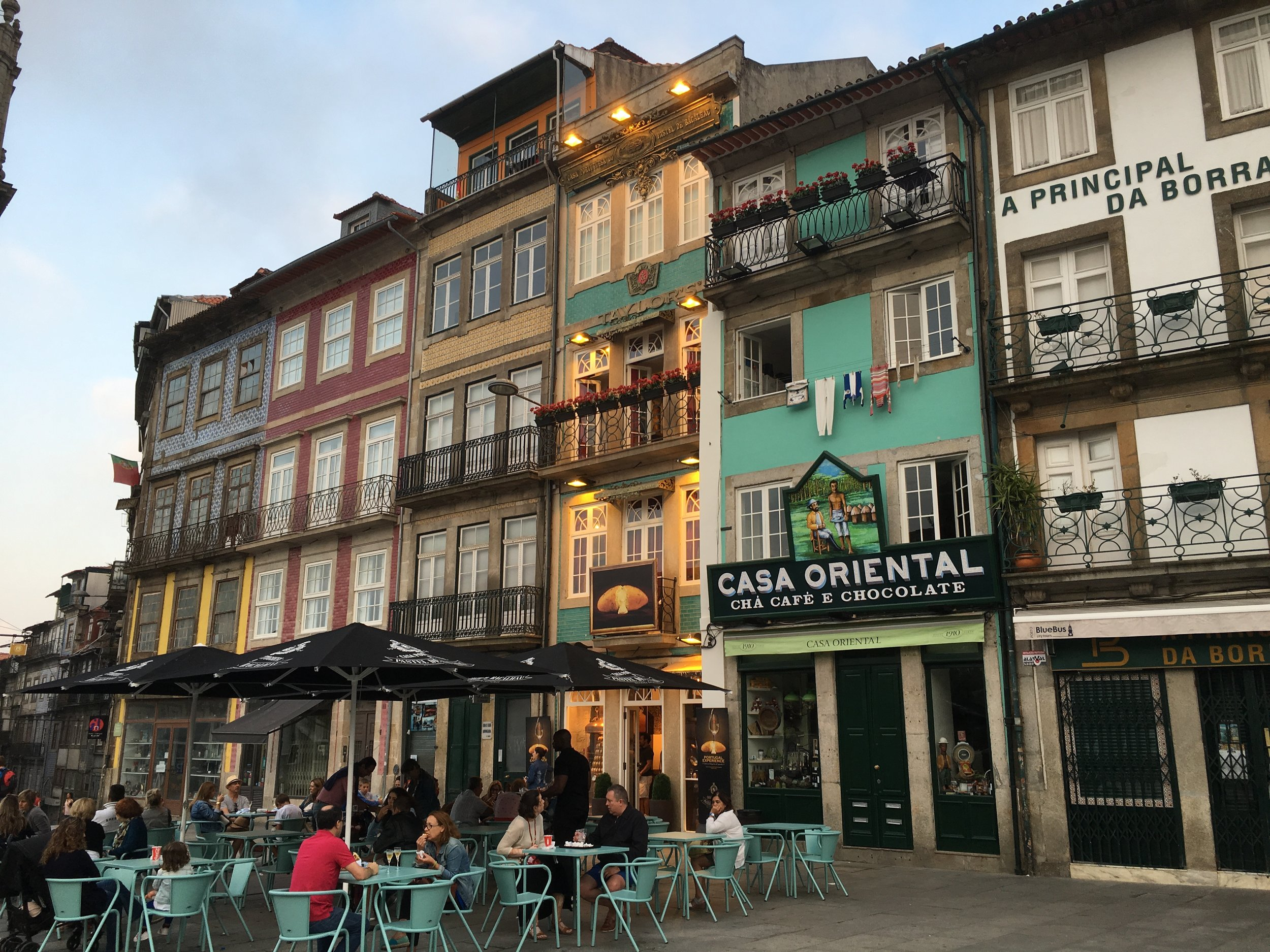 While I was in Porto, I spent 2 days exploring the city itself and was charmed by the people and the city.