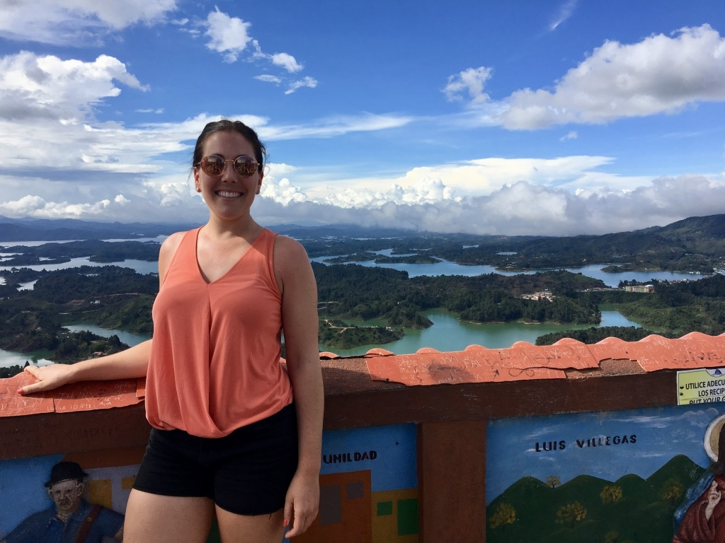 girl-in-Guatape_profile picture.jpg