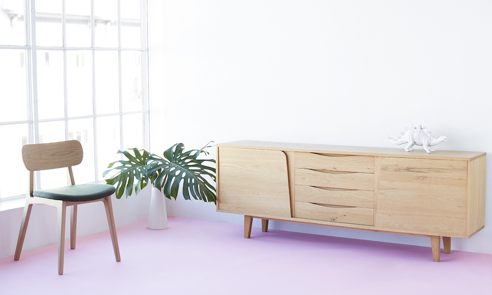 Ben Glass a New Zealand based furniture designer and manufacturer focused on creating contemporary solid wood furniture of an exceptional standard.