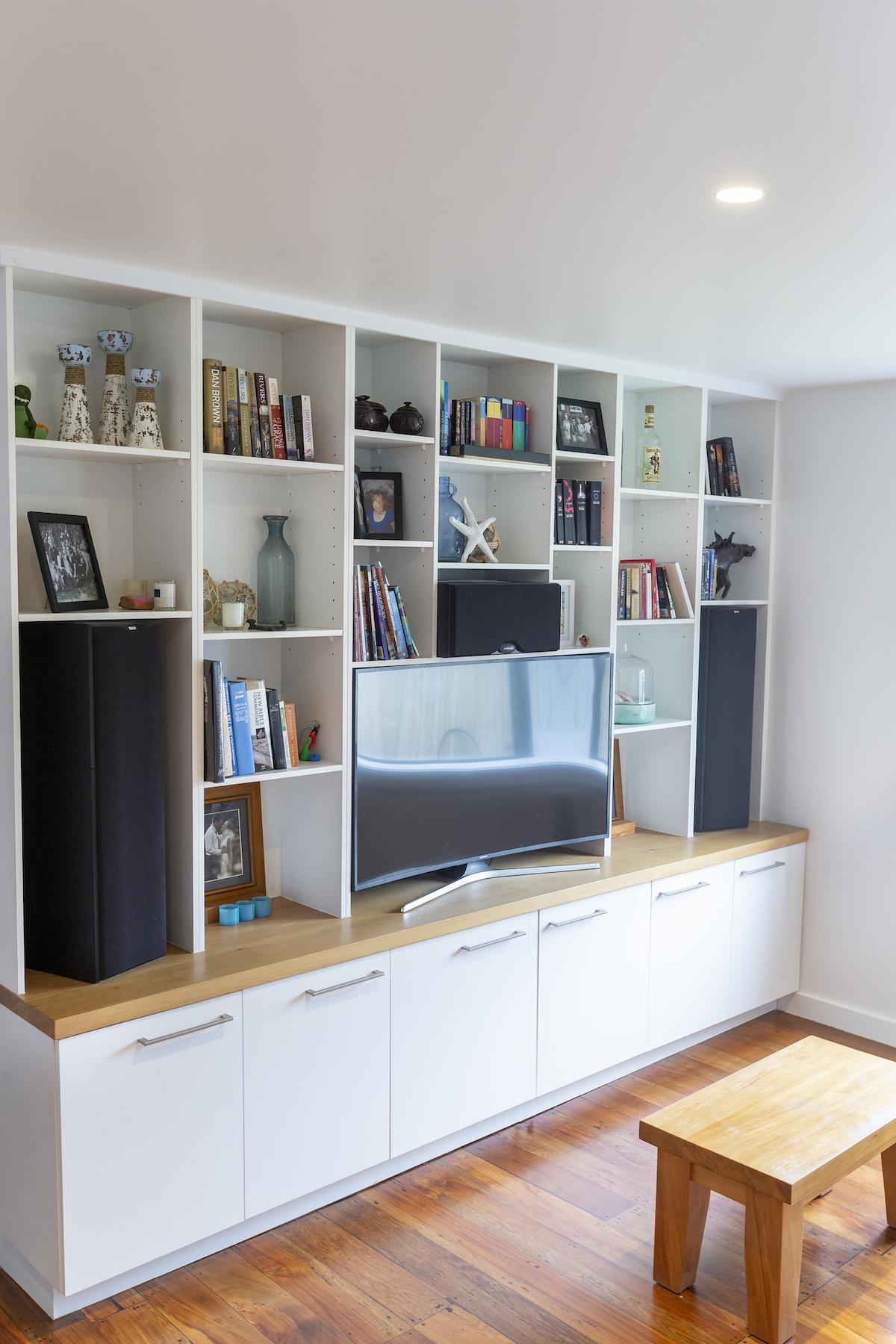 Devin Hart DIY Bookshelf.jpeg
