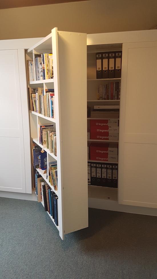 Storage cabinet pivot design
