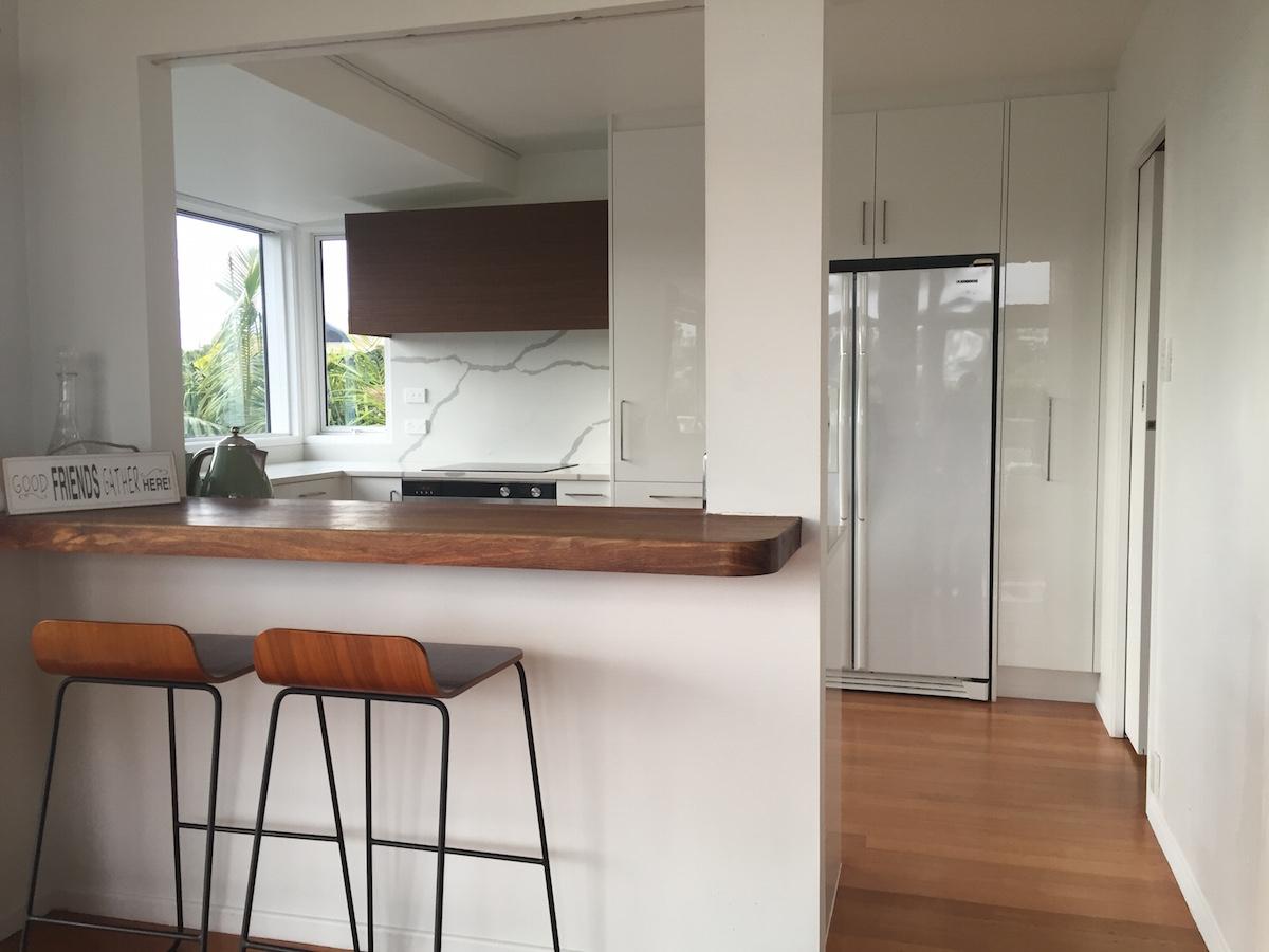 White Kitchen - Murrays Bay 03 blog.jpeg
