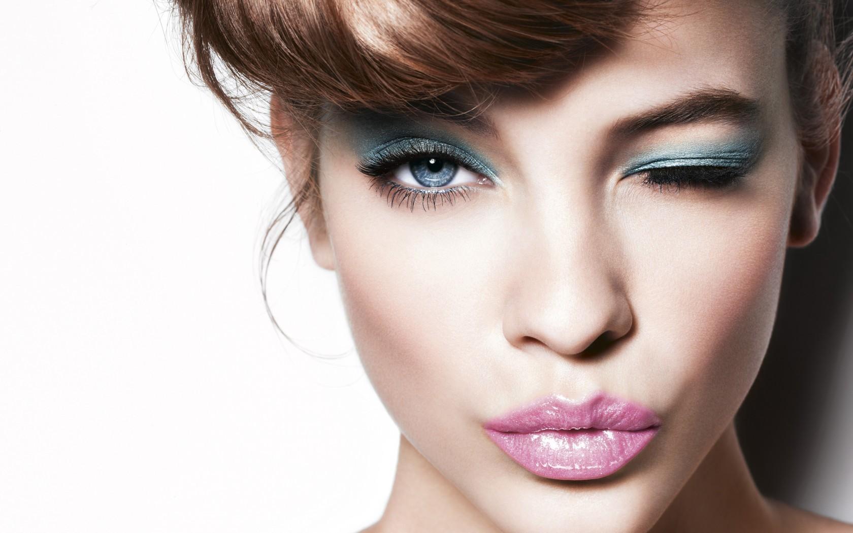 makeup-for-blue-eyes-4.jpg
