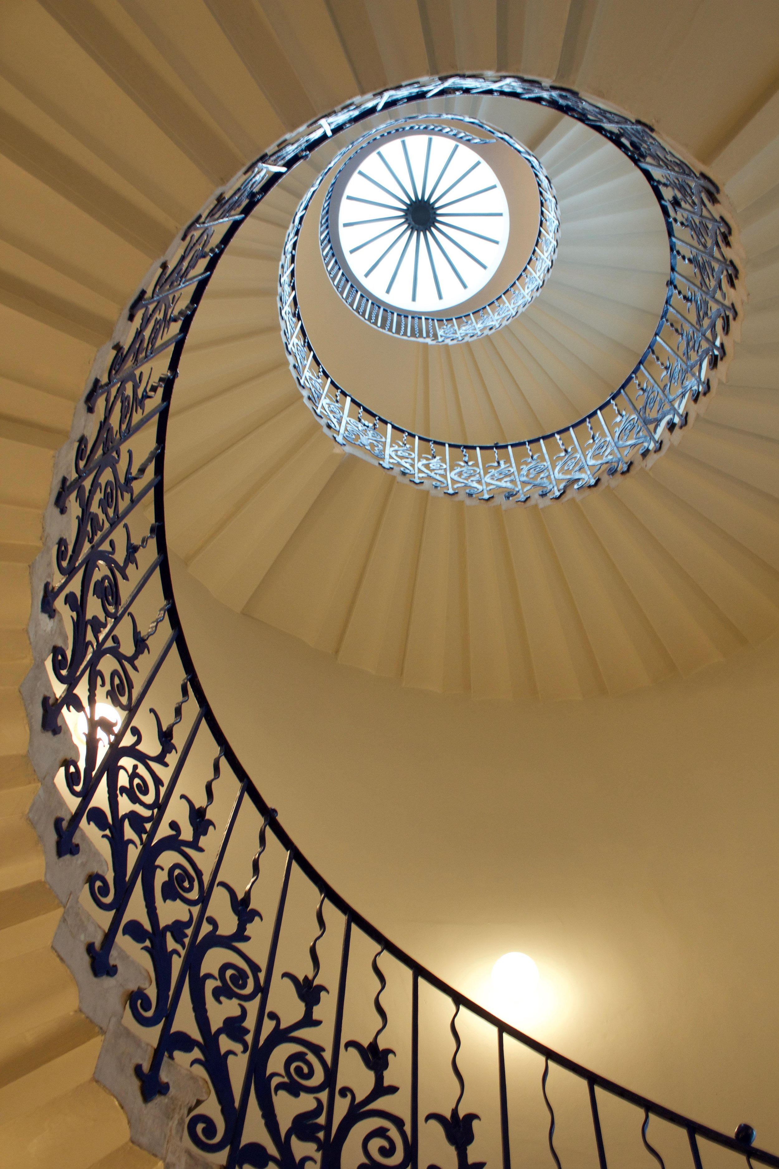 Tulip_Stairs_Queen's_House_.jpg
