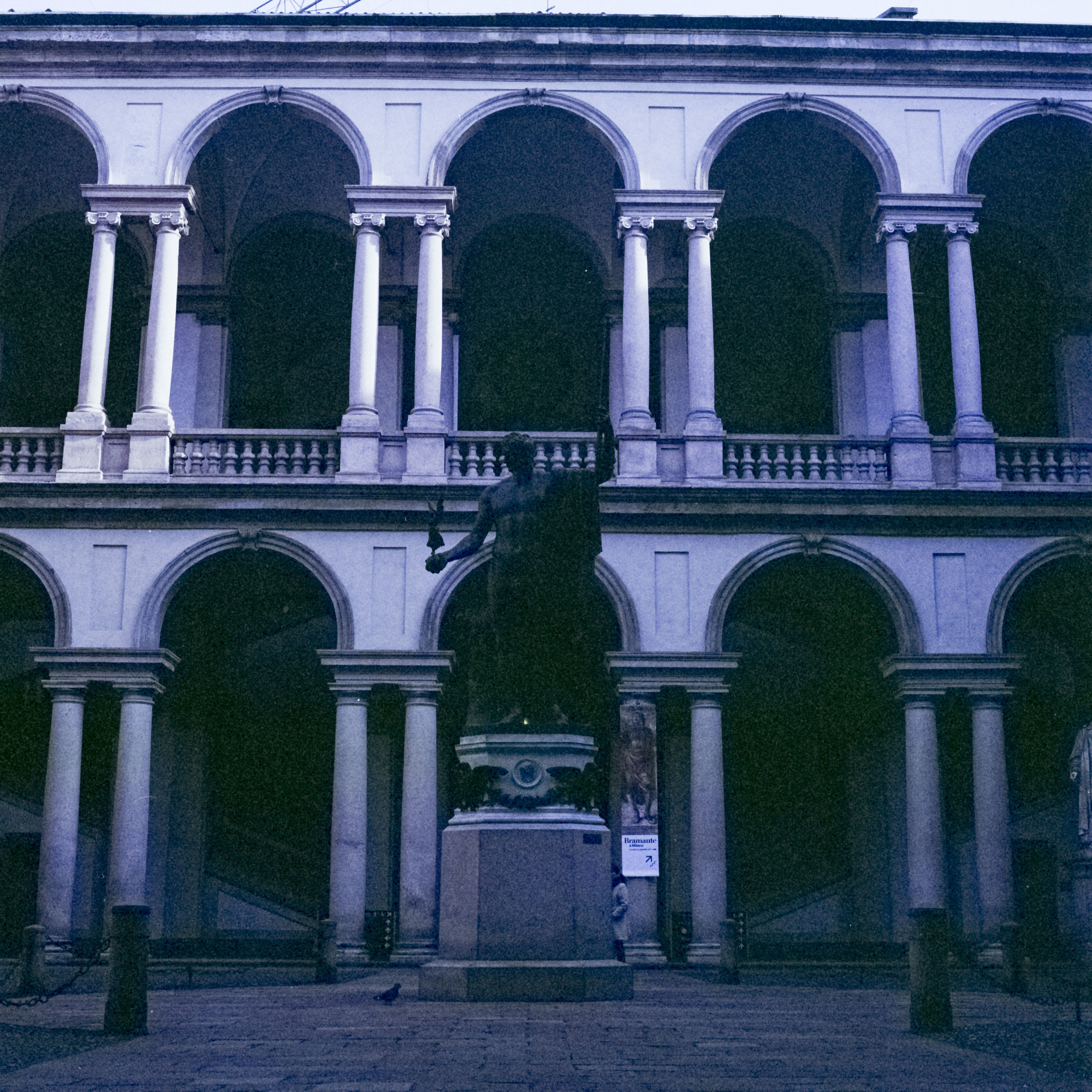 Camera: Hasselblad 500C/M  Film: Lomography CN 800  Location: Milan, Italy