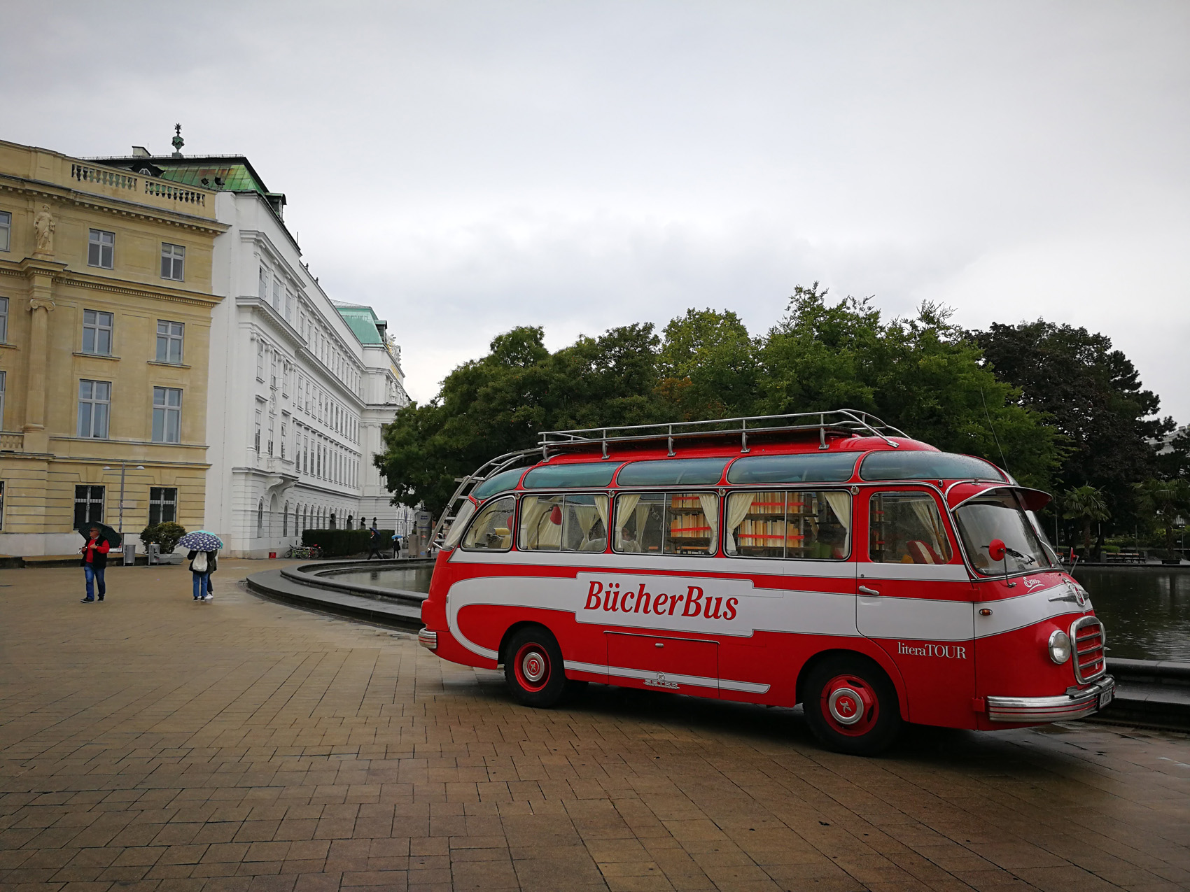 Library van in Vienna