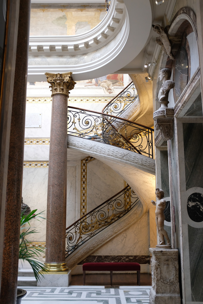 Jacquemart-Andre Museum Staircase.jpg