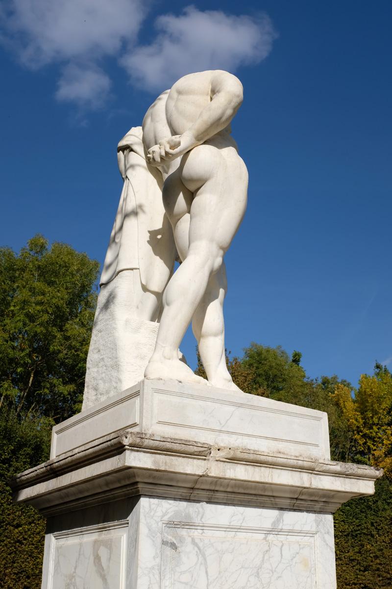 Versailles Gardens Hercules Farnese.jpg