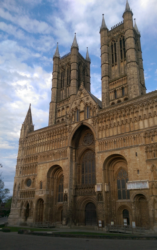 The famous Lincoln cathedral which held the title of the world's tallest building for 238 years.