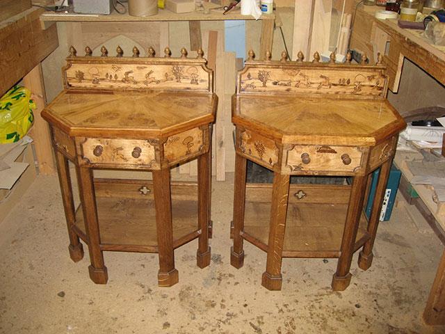 2-pair-of-bedside-tables.jpg