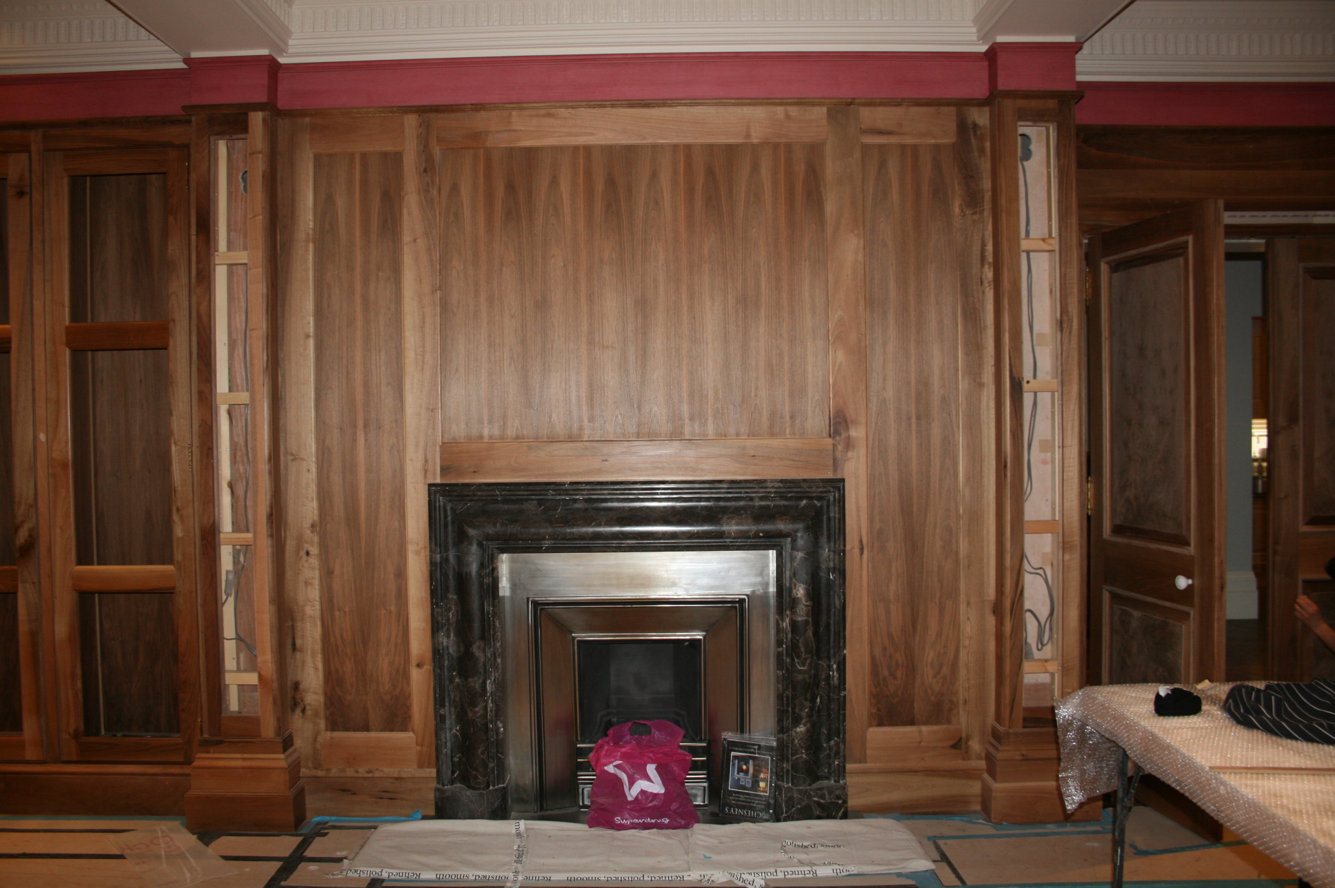 8 FIREPLACE PANELLING .JPG