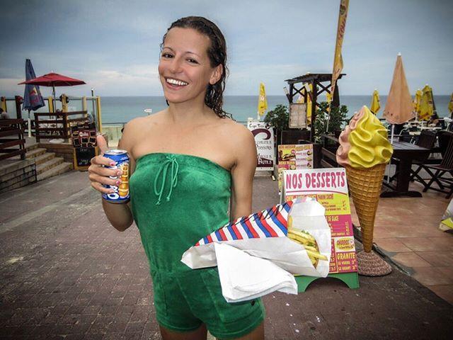 Atlantic Coast, last summer. Giant baguettes & surfing. 👙 #summergirls #travelcompanion #courtesan
