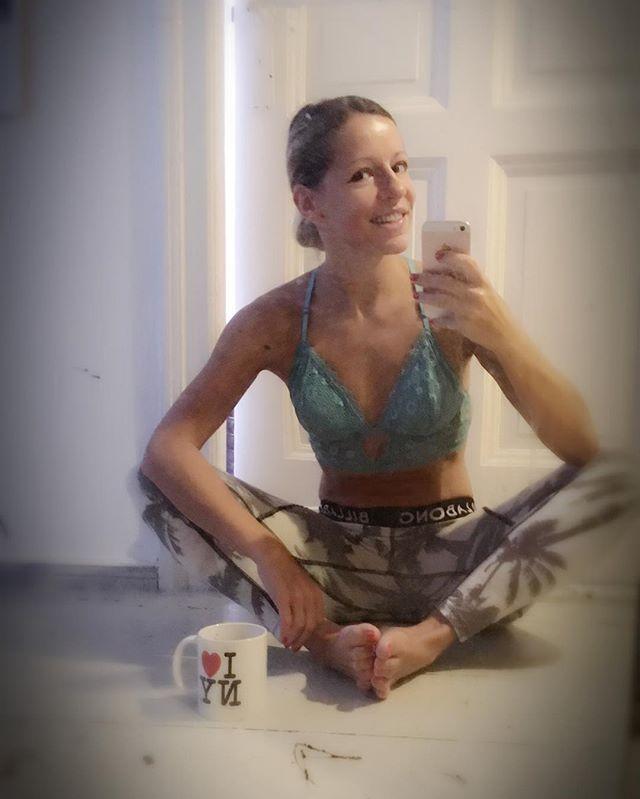It's a Yogapants & Chill kinda day 💁🏼