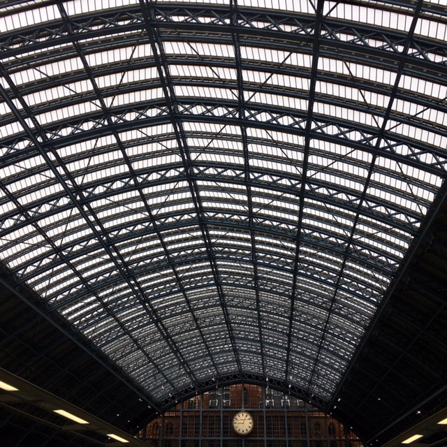 architecture high above | sometimes you just can't help but look up to see the beauty that's high above us too - St Pancras Station Eurostar
