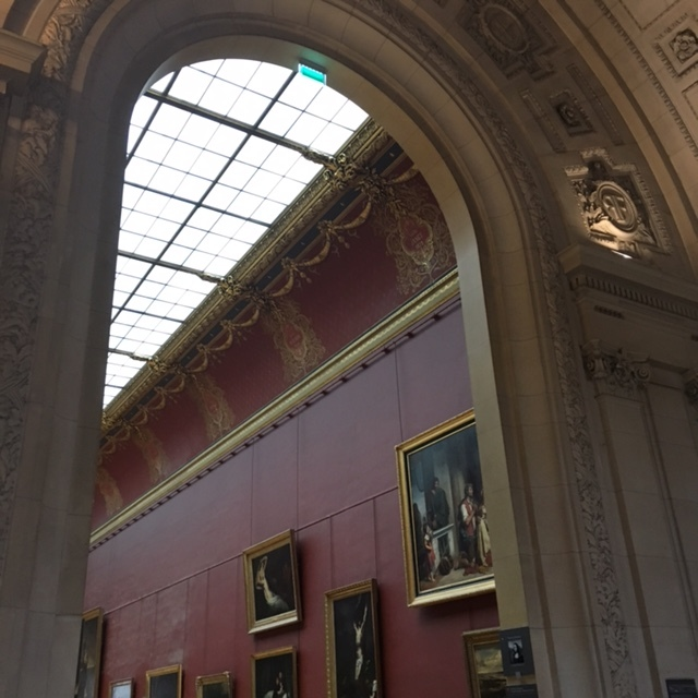 museum buildings | lines and curves in Le Louvre
