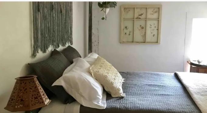 Craftsbury Farmhouse Retreat - Location: CraftsburySleeps 2Price: $65/nightAirbnb