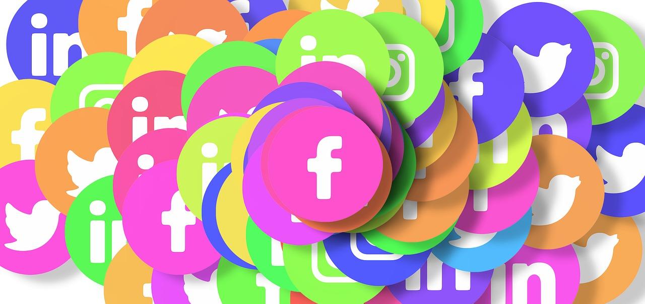 social-media-3129482_1280.jpg