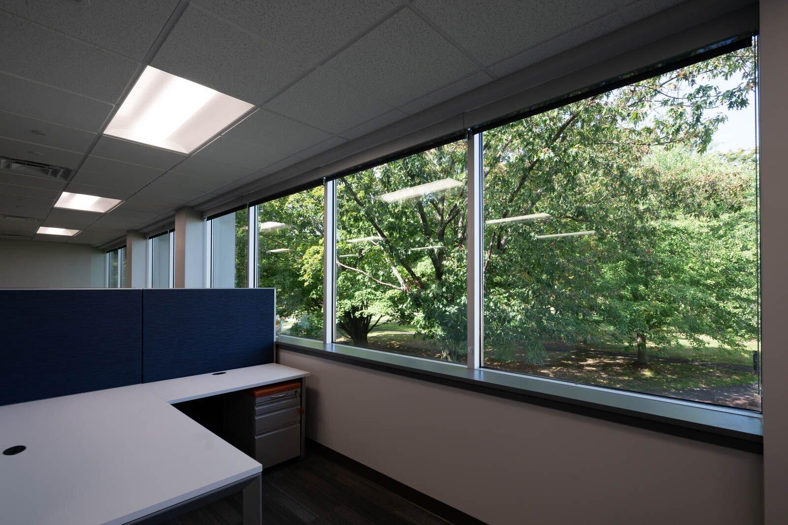 empty desk .jpg