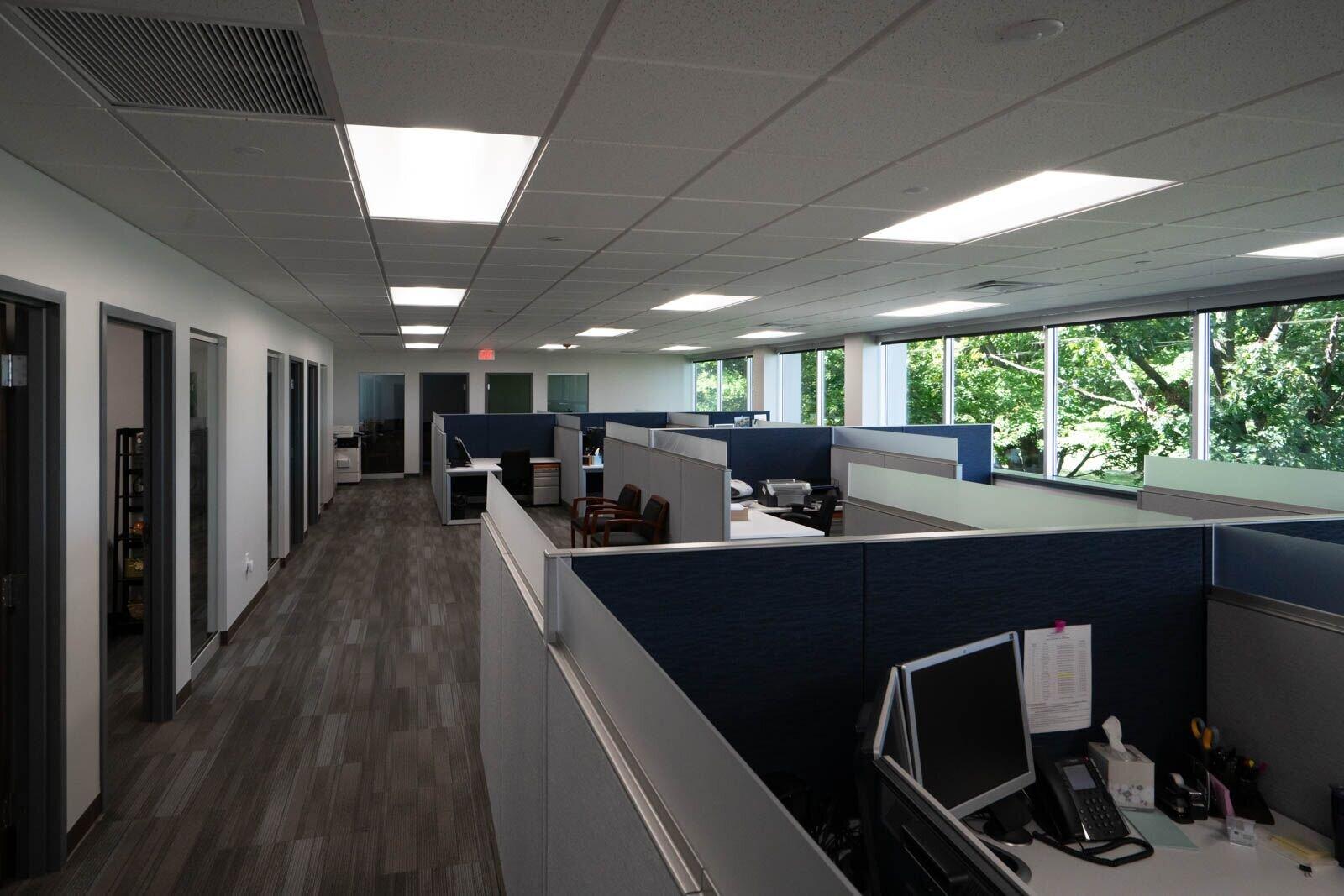 workstations .jpg