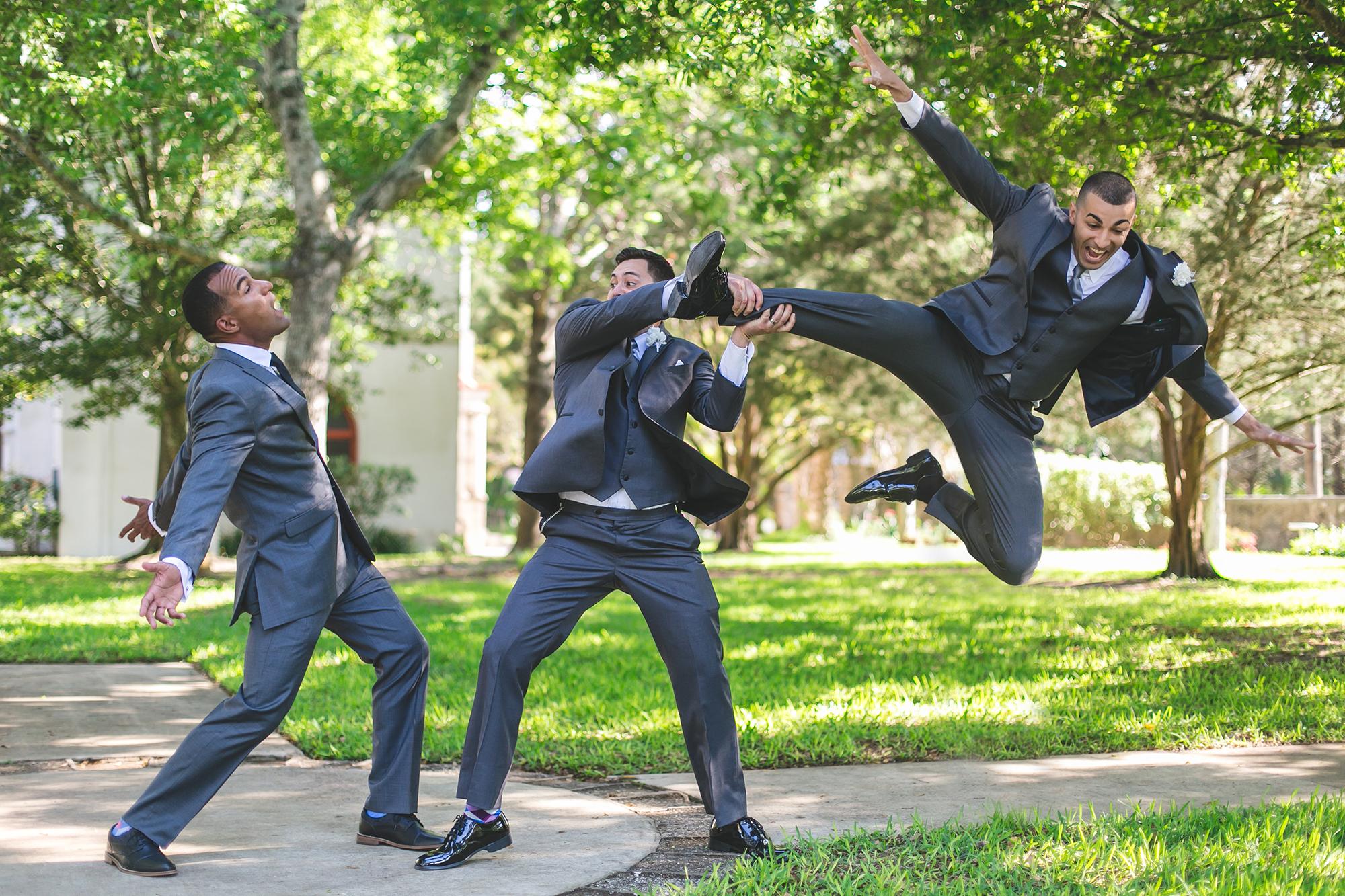 adam-szarmack-weddings-groomsmen.jpg