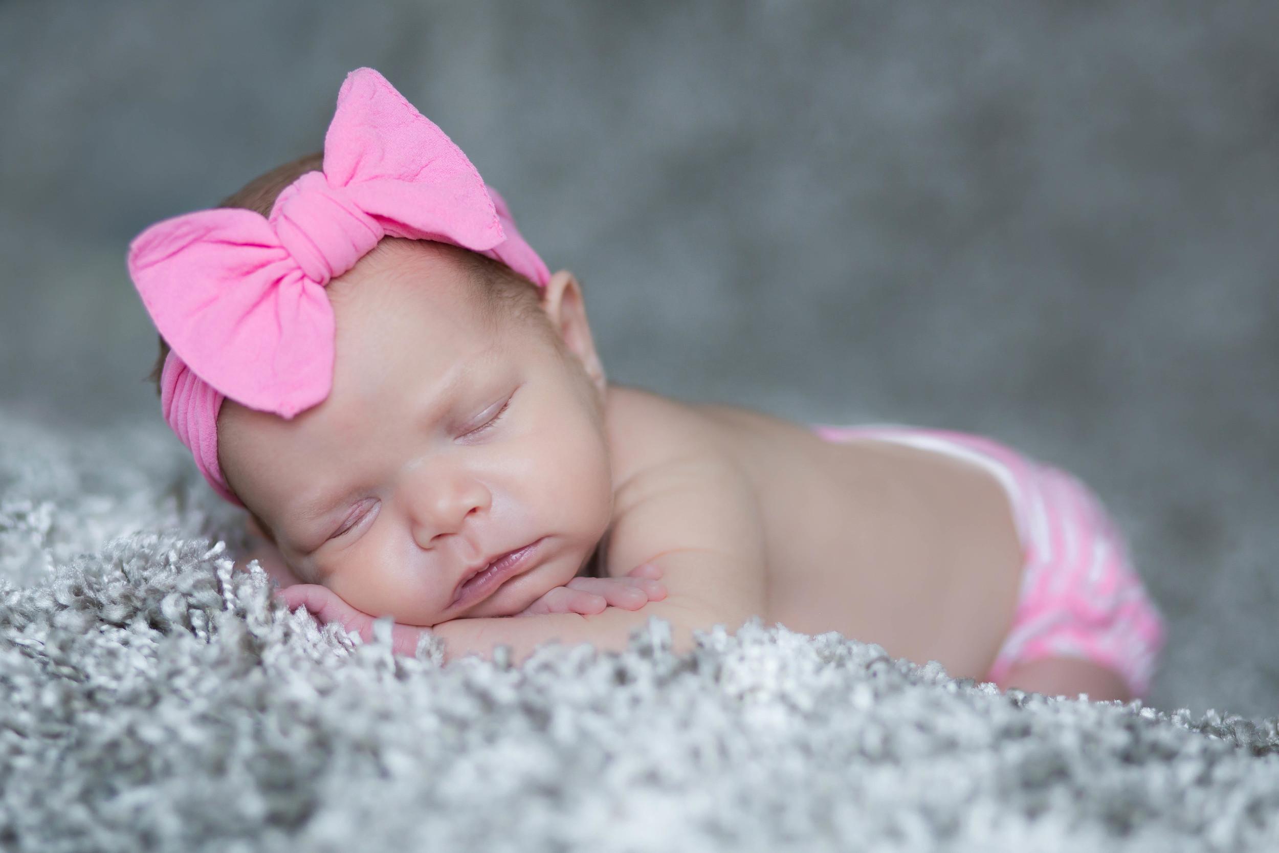 adam-szarmack-jacksonville-newborn-photographer-sunny-12.jpg