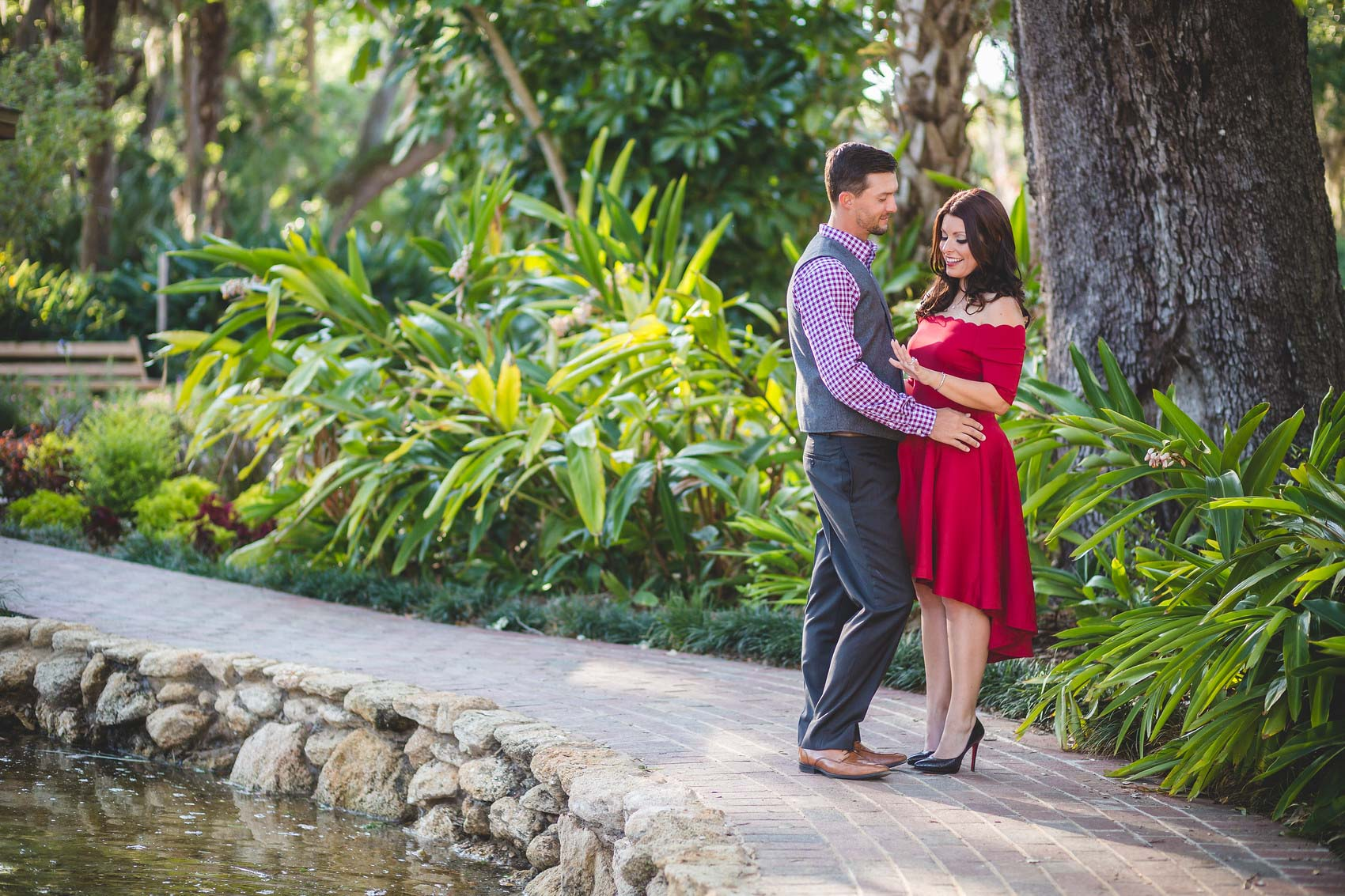 adam-szarmack-jacksonville-wedding-photographer-washington-oaks-gardens-state-park-engagement-2.jpg