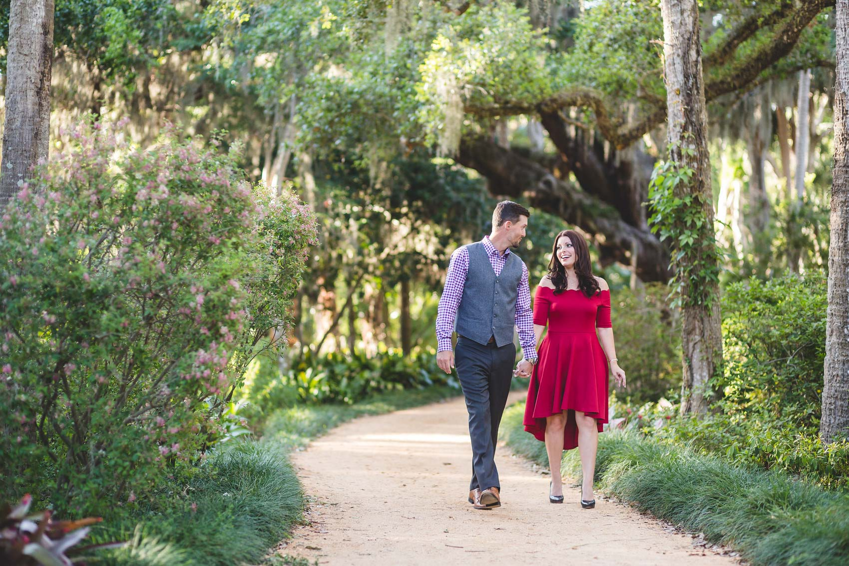 adam-szarmack-jacksonville-wedding-photographer-washington-oaks-gardens-state-park-engagement-10.jpg